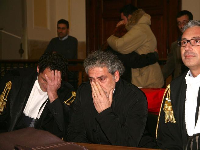 Strage di Alcamo, chiede risarcimento di 66 milioni euro per il carcere