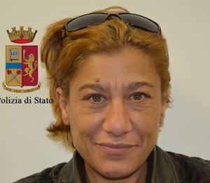 Ragusa, mamma di un presunto spacciatore con la droga: finisce ai domiciliari