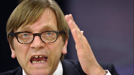 Parlamento Ue, Schulz annuncia il ritiro della candidatura di Verhofstadt