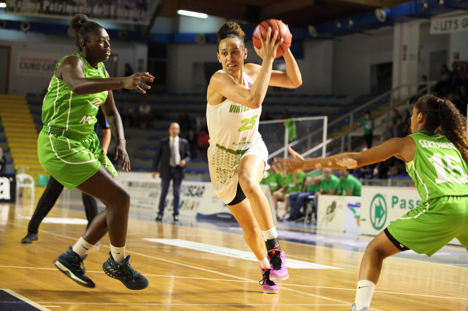 Basket, Passalacqua Ragusa prima nel girone di Eurocup Woman