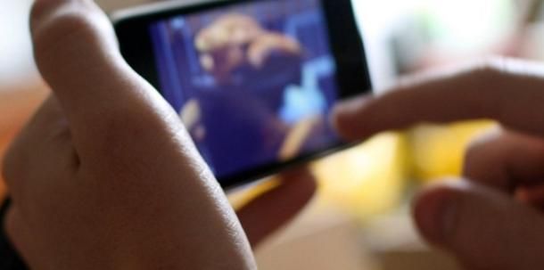 Catania, minaccia l'ex compagna di mettere in rete il video hard