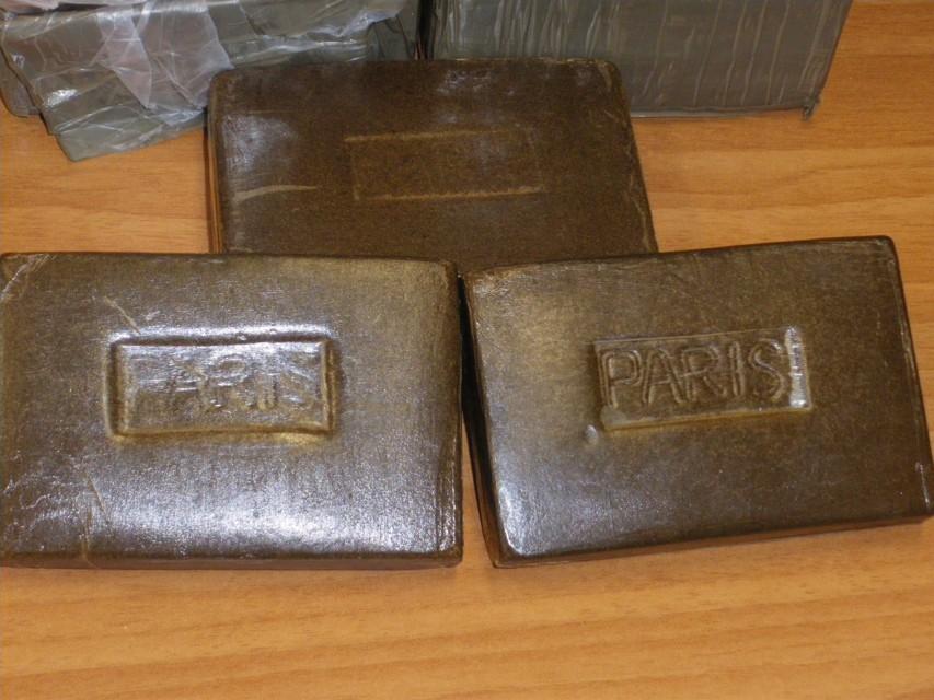 Palermo, trasportavano 5 chili di hashish in auto: due arrestati