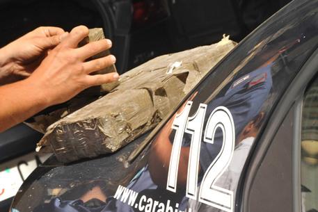 Napoletano preso a Palermo con 30 chili di hashish