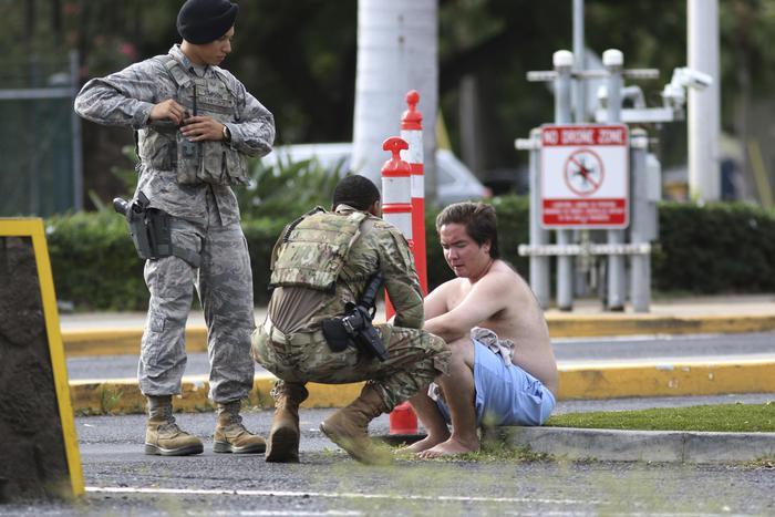 Militare spara e uccide due civili poi si suicida a Pearl Harbour nelle Hawaii
