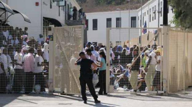 Il Garante dei detenuti a Lampedusa, hotspot sotto esame
