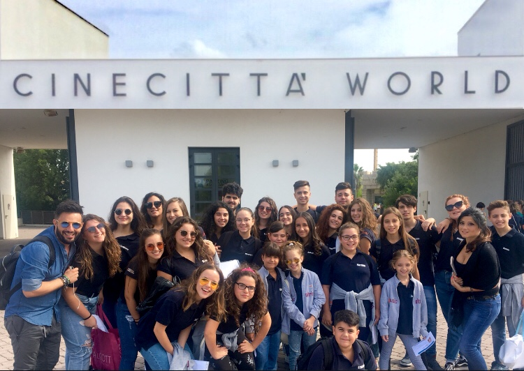 Musica, 3 band siciliane e 27 cantanti al talent show di La 5
