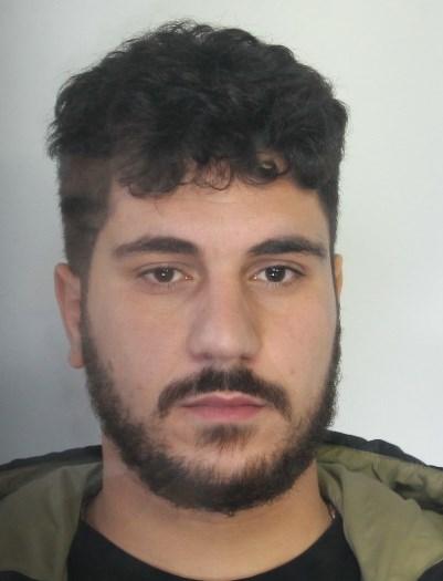 Catania, presi con la cocaina ed una pistola: 2 arresti a San Cristoforo
