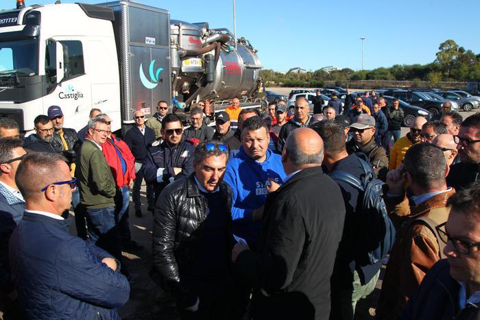 Commissari ex Ilva di Taranto: da Mittal violenze e minacce per il Tribunale no fermata impianti