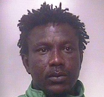 Augusta, fra i migranti sbarcati anche un rapinatore: arrestato