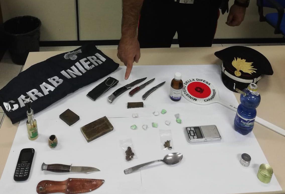 Droga e armi nascoste in casa, minorenne arrestato a Modica
