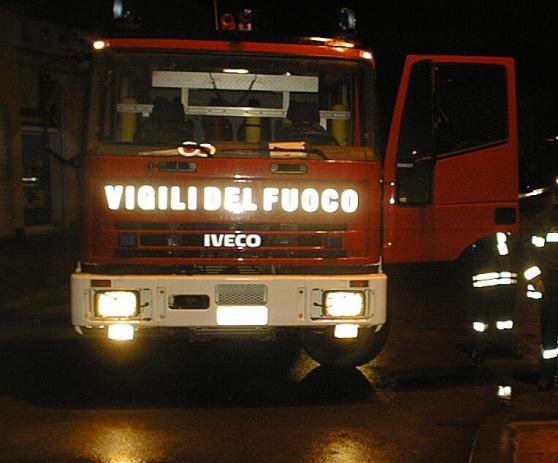 Siracusa, incendio in un appartamento per problemi elettrici