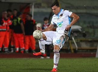 Il Catania perde l'imbattibilità e crolla a Caserta ( 2-0)