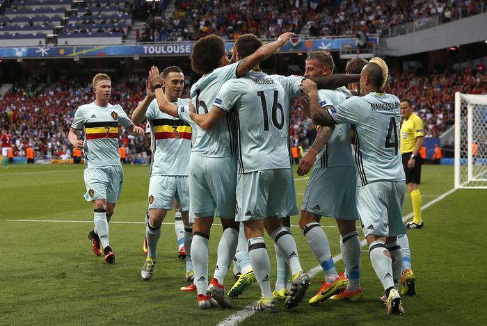 Il Belgio travolge 4-0 l'Ungheria, ai quarti sfiderà il Galles