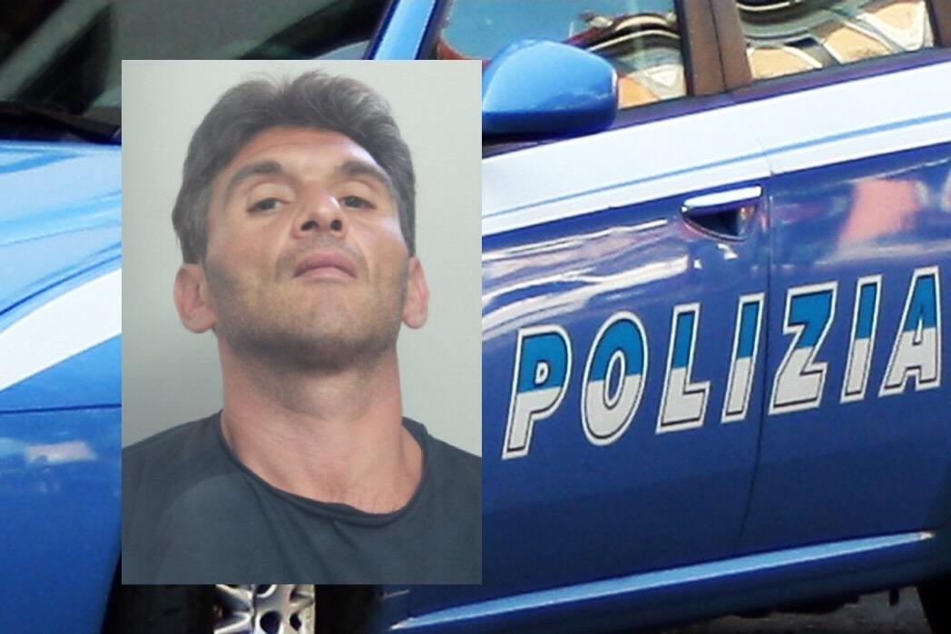 Catania, gli agenti delle volanti scovano latitante: arrestato