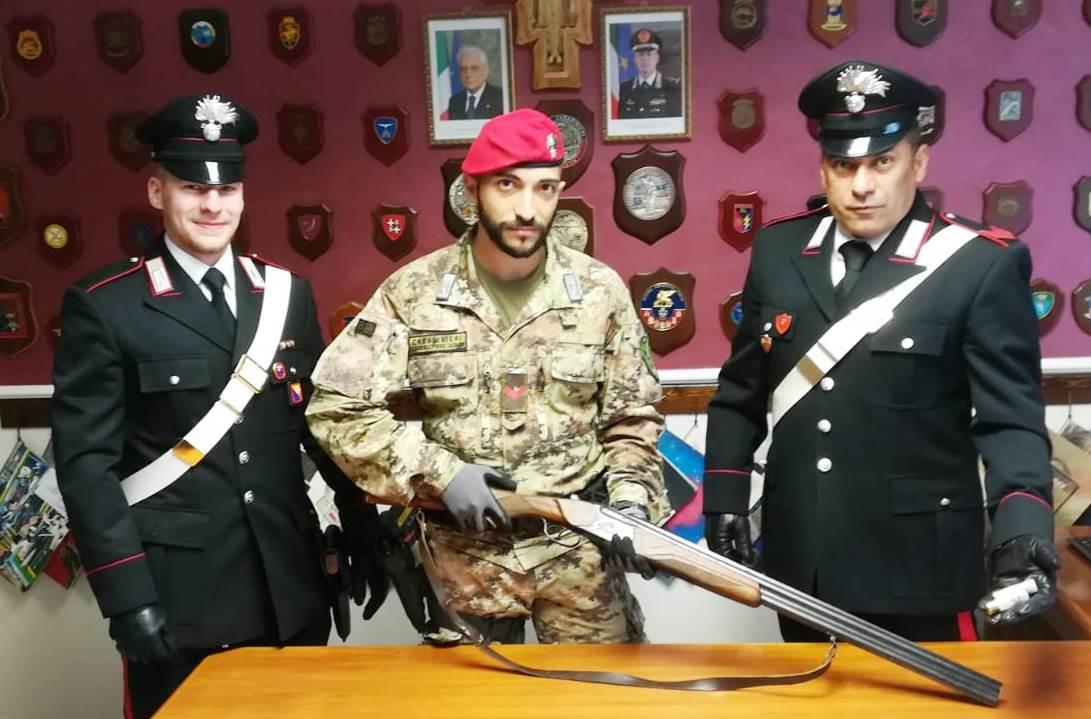 Un fucile clandestino trovato in un casolare a Maletto, una denuncia