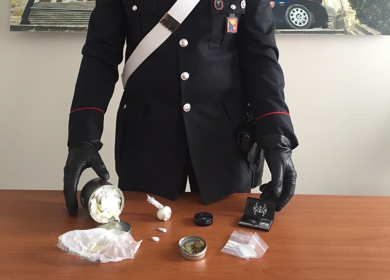 Scicli, sorpreso con cocaina e marijuana: arrestato un 26enne