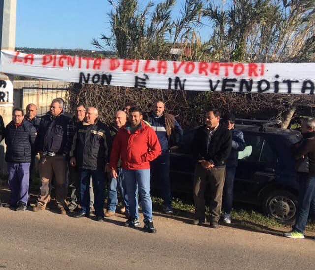 """Ragusa, i dipendenti del Consorzio di bonifica protestano: """"Le istituzioni intervengano"""""""