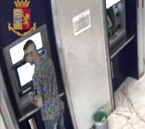 Ruba bancomat a Scicli e preleva: arrestato quarantenne di Rosolini