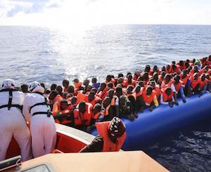 Augusta, migranti: fermati due presunti scafisti