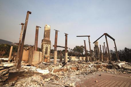 Incendi in California, i morti salgono a ventitrè