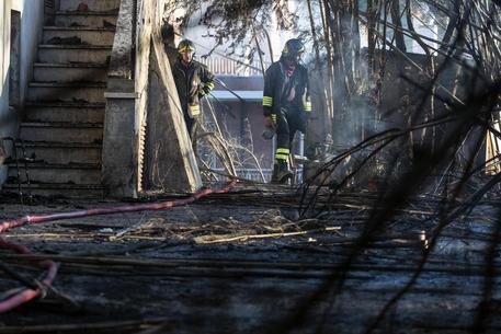 Incendi, continua l'allarme nel Centro Sud: un morto nel Napoletano