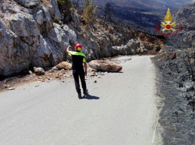 La Riserva dello Zingaro assediata dagli incendi, tre in venti giorni