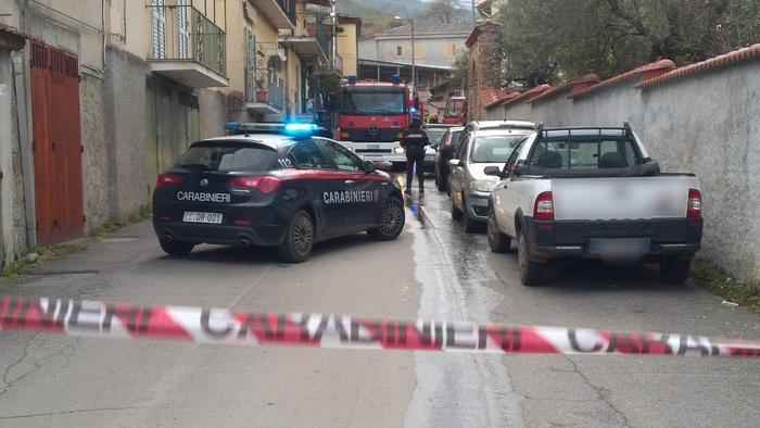 Incendio in quattro appartamenti del Vibonese: non ci sono feriti