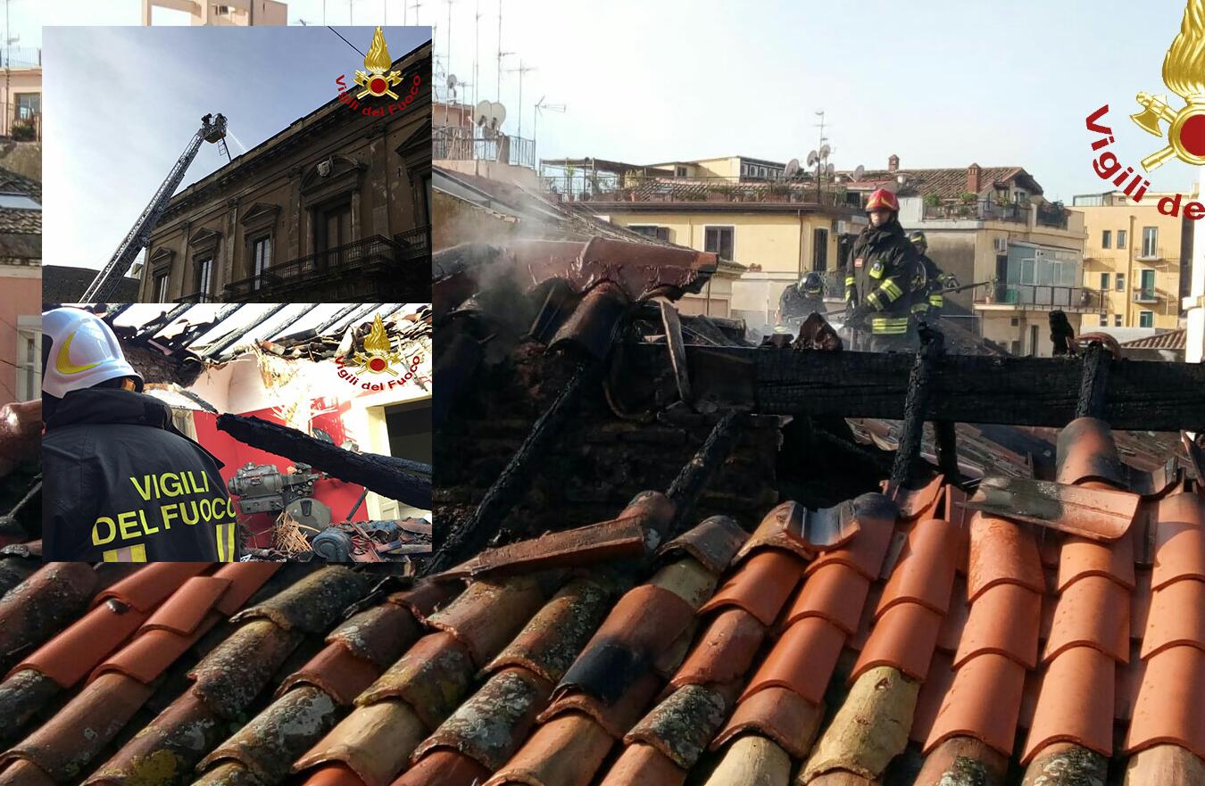 Inferno di fuoco a Catania, palazzo ottocentesco reso inagibile dalle fiamme