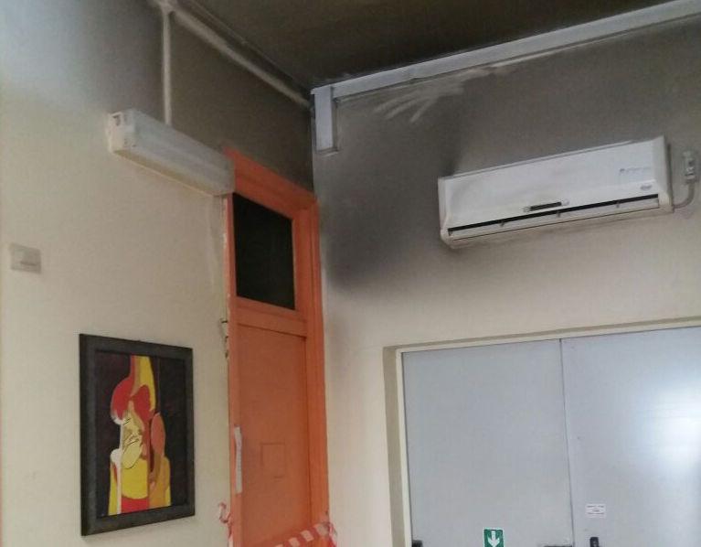Incendio all'ospedale di Siracusa, fiamme nel reparto infettivi: 16 pazienti evacuati