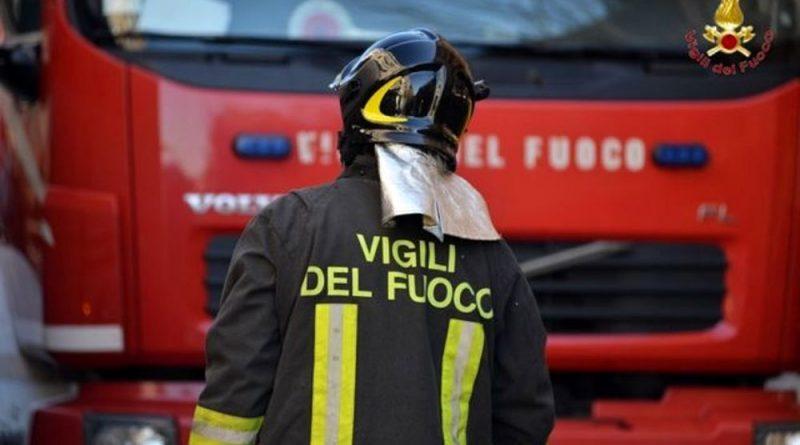 Incendio in un appartamento vicino Arezzo, due morti