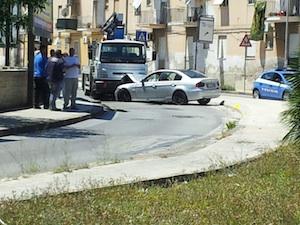Siracusa, scontro frontale fra un camion e una Bmw
