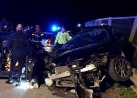 Scontro frontale tra due auto a Partinico, un morto e cinque feriti