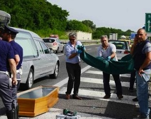 Catanase morto in un incidente vicino a Rossano Calabro