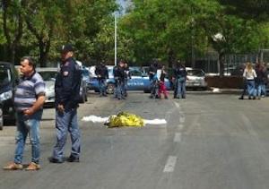 Palermo, travolge e uccide un giovane motociclista: è caccia al pirata della strada