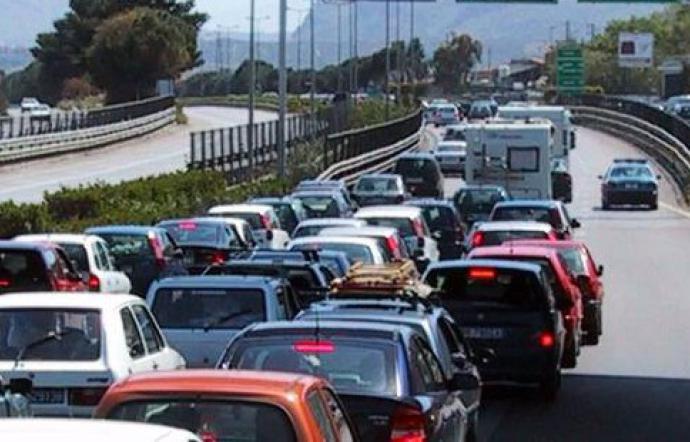 Incidente sulla Catania - Siracusa, quattro persone rimangono ferite