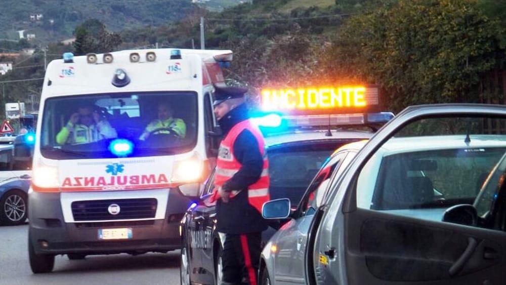 Scontro tra un furgone e un Fiorino sulla Palermo - Agrigento: un morto