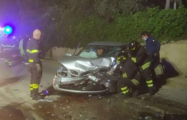 Incidente stradale sulla Santa Croce-Punta Secca:il bilancio è di 5 feriti