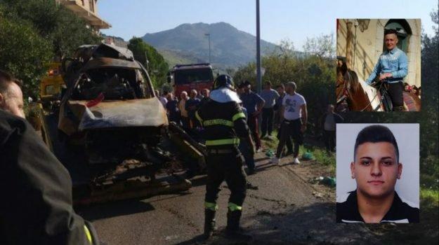 Lo schianto con 2 morti a Belmonte Mezzagno, uno dei feriti è gravissimo
