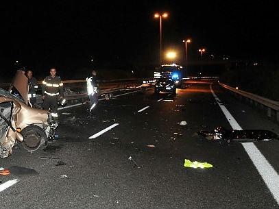 Incidente nel tratto Siracusa - Cassibile: due persone in ospedale