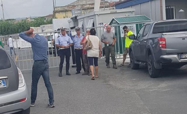 Incidenti sul lavoro, a Marina di Carrara muore un operaio