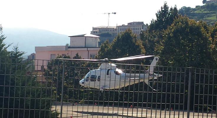 Incidenti sul lavoro, grave anziano ferito da una motozappa nel Cosentino