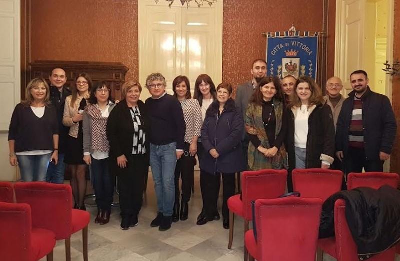 Vittoria, incontro tra amministratori e delegazione del progetto