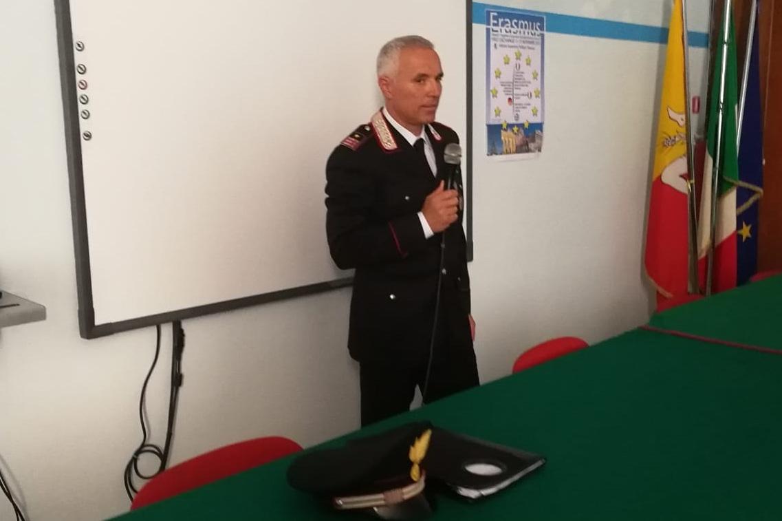 Cyberbullismo, lezione di legalità dei carabinieri al 'Rizza' di Siracusa