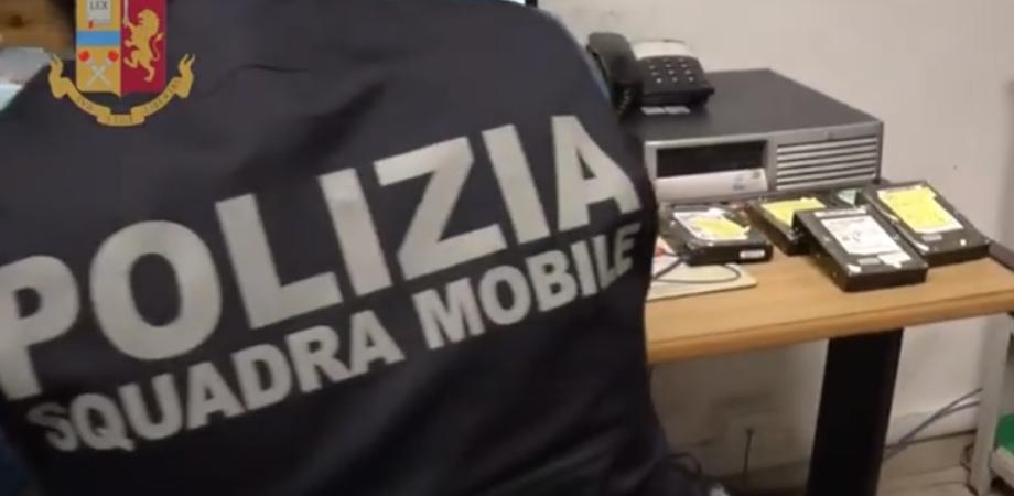 Adescava ragazzini su wats app: pedofilo arrestato dalla Mobile a Caltanissetta