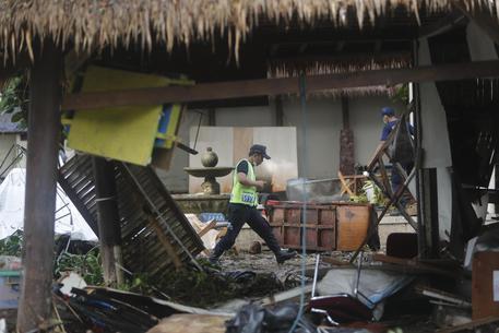 Eruzioni in Indonesia, resta alto il rischio tsunami