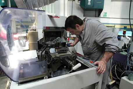 Istat, la produzione industriale torna giù dopo cinque anni: - 1, 3%