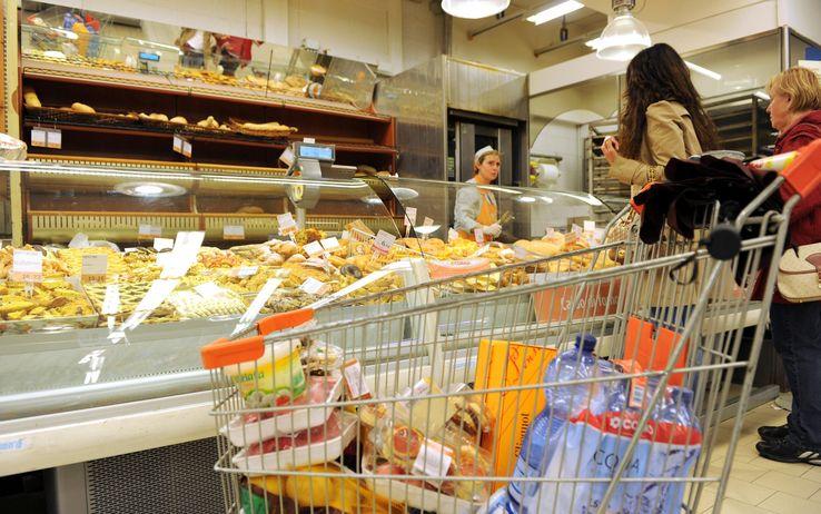 Istat, l'inflazione frena a marzo all'1,4%