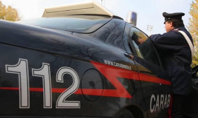 Insegue l'ex in auto rischiando di farla tamponare nel Catanese