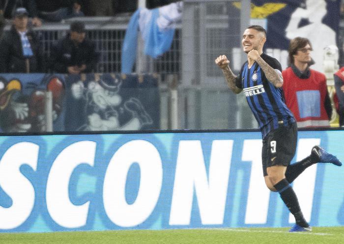L'Inter dilaga all'Olimpico contro la Lazio (0-3) ed aggancia il Napoli