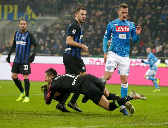Ronaldo evita il capitombolo della Juve: il Napoli sconfitto al Meazza dall'Inter